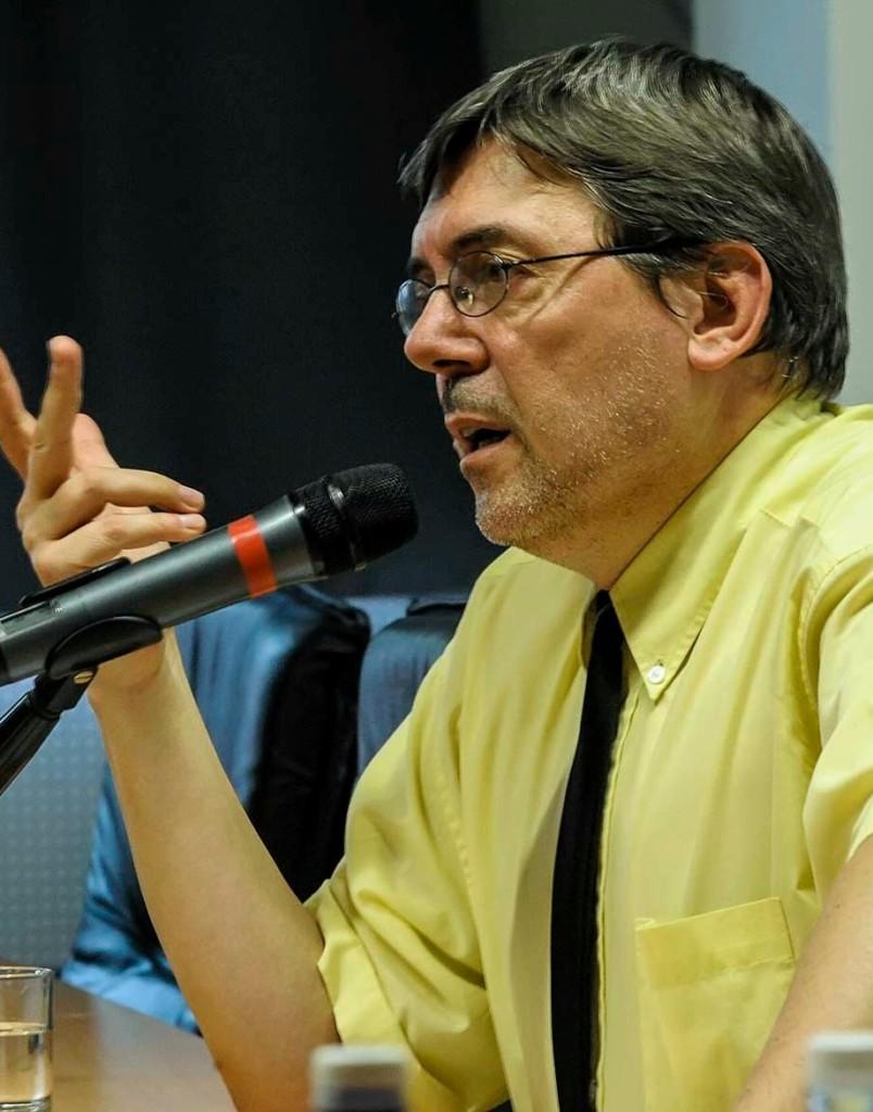 Manlio Graziano, Docteur en Études italiennes, enseignant du stage géopolitique : une méthode d'analyse du monde